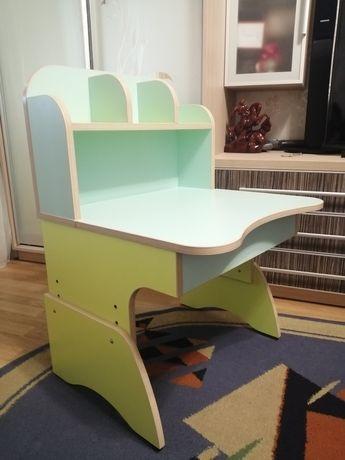 Детский регулируемый столик