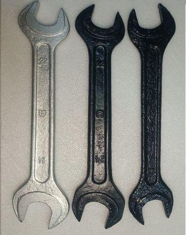 Ключ рожковый (гаечный) 22-24