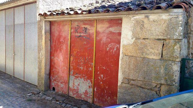 Garagem em Quintã de Pêro Martins