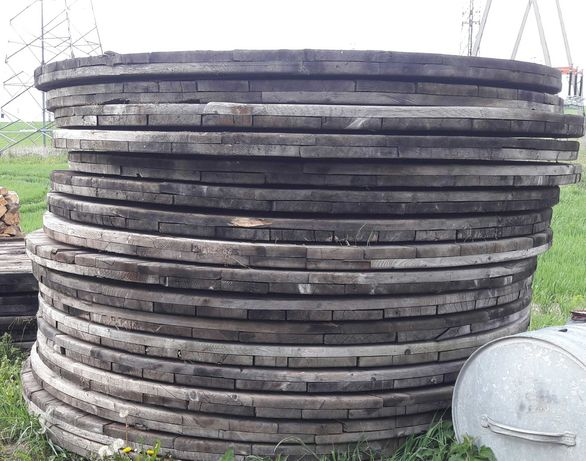 Drewniane kręgi po szpulach- zamiana.