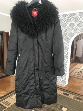 Жіночий зимовий пуховик пальто. 44 розмір.