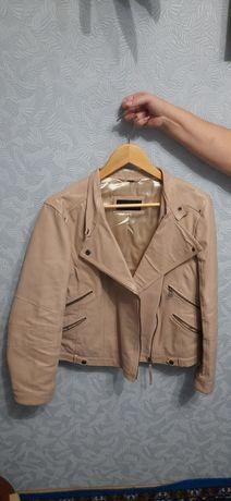 Куртка женская кожанная р.46-48