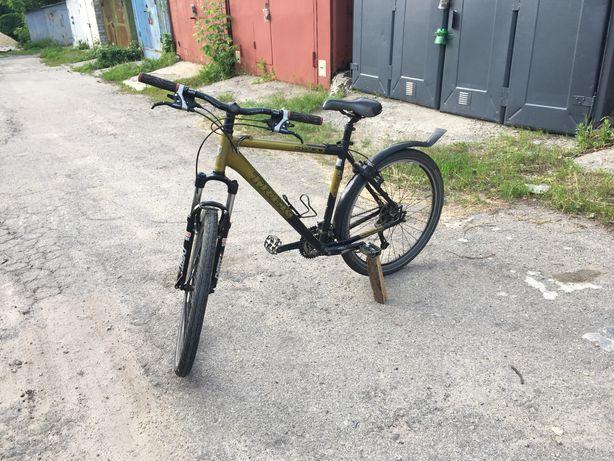 Продам горный велосипед Trek 4500 deore обвес rockshoks вилка