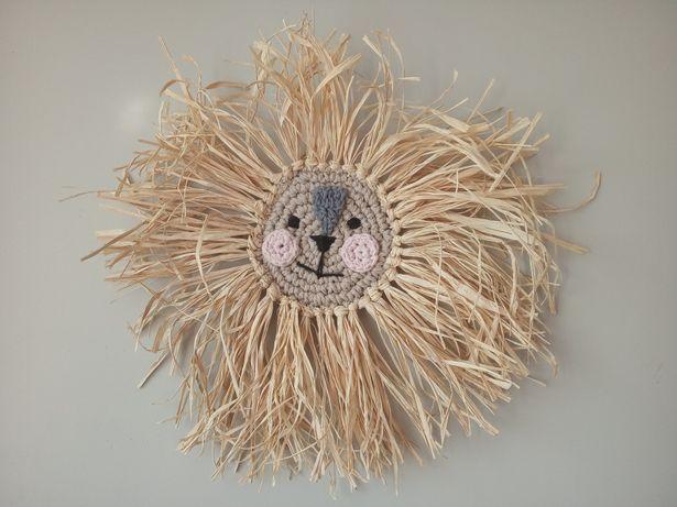 Lew z grzywą z rafii Boho dekoracja do pokoju dziecięcego dżungla rafi