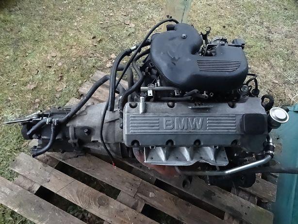 Silnik BMW 316 318 E46 poj.1.9 + skrzynia biegów + osprzęt