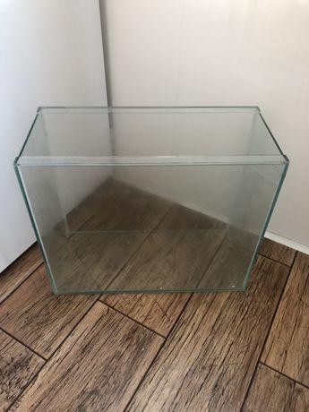 Продам аквариум 20L