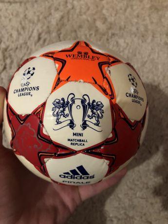 Мяч мини м'яч міні Adidas Finale 2011