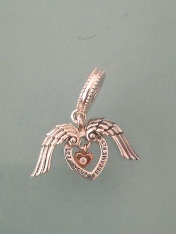 Pierścionek Pandora, chamstwo Pandora, naszyjnik z sercem