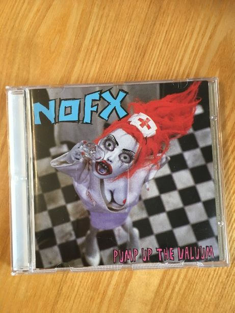 "Фирменные CD NOFX ""Pump Up The Vallum"" (2000)"