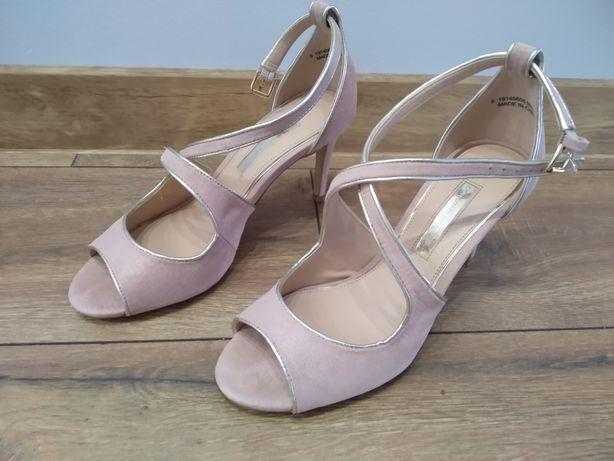 Dorothy Perkins sandały na obcasie