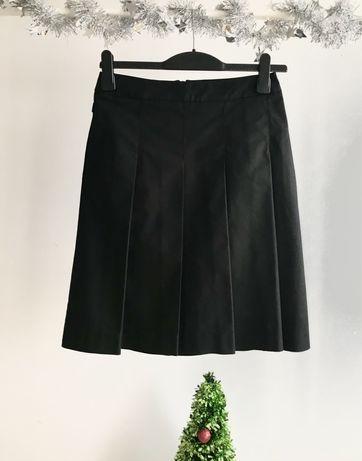 ZARA klasyczna czarna spódnica XS S kontrafałdy przód klamry tył solid