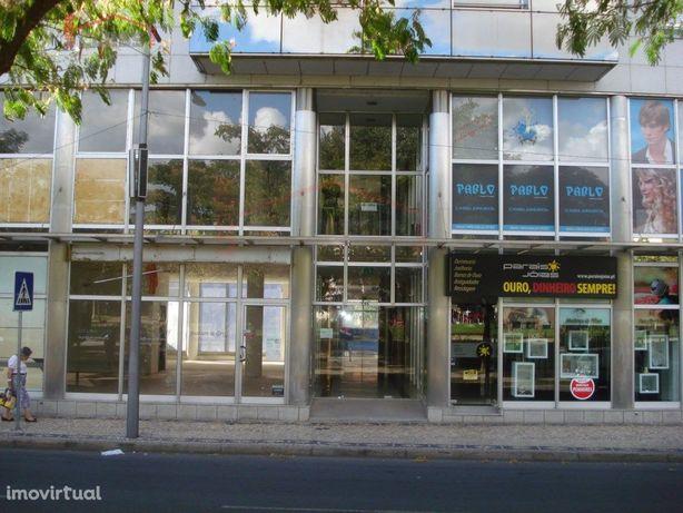Loja para arrendamento em Mirandela