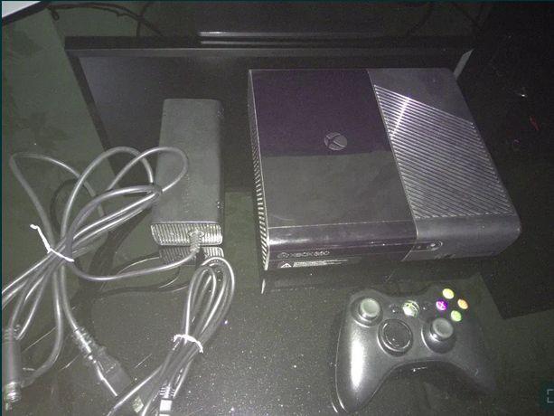Xbox 360 E 4GB (под лицензию)