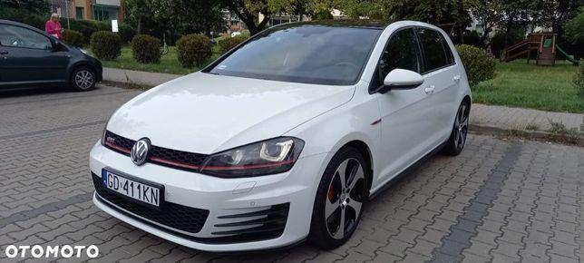 Volkswagen Golf SprzedamGolfa GTI 230KMniski przebieg pierwszy właściciel polski salon