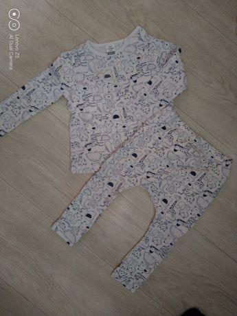 Детская одежда на малыша