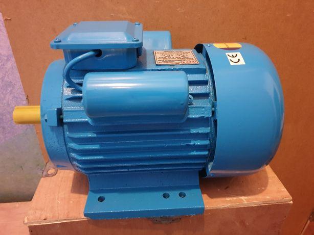 Электродвигатель однофазный 220В 3 кВт 3000 об/мин Румыния двигатель