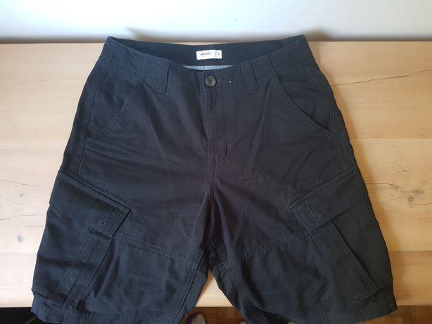 Krótkie spodenki 30 czarne cargo szorty męskie