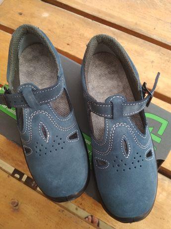 Półbuty sandały