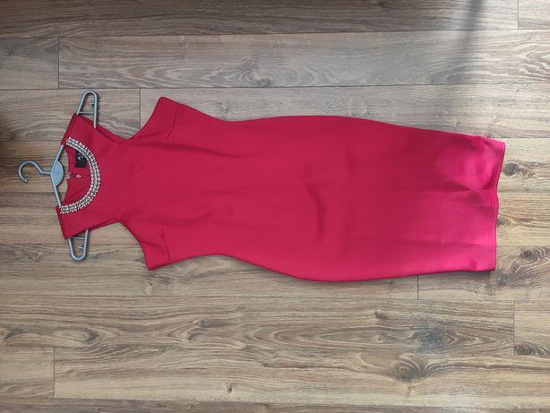 Czerwona sukienka ołówkowa za kolano