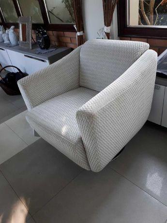 Fotel w znakomitym stanie, obrotowy, robiony na zamówienie