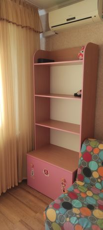Детский шкаф в хорошем состоянии