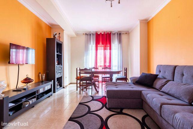 Apartamento T3 para arrendar junto ao centro de Leiria
