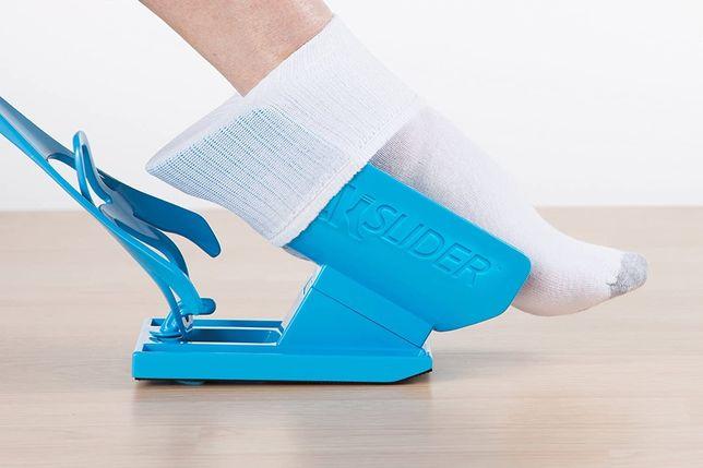 Auxiliar para calçar meias