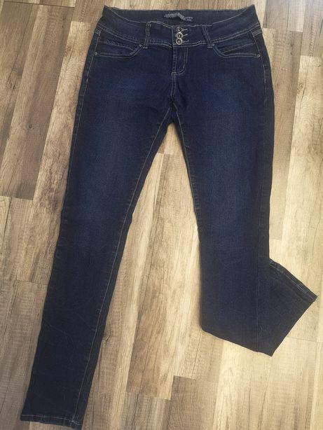 Spodnie jeans rozm L, 40, stan idealny