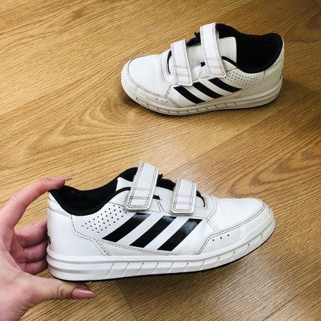 Białe dziecięce buty sportowe Adidas 31 oryginalne chłopięce rzepy