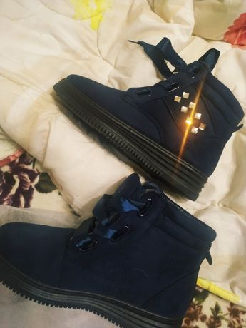 Новые ботинки, зимние кроссовки, замшевые полусапожки теплые, синие