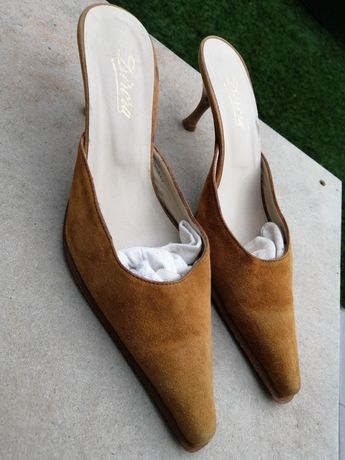 Sapatos camurça/ pele camel 37/38