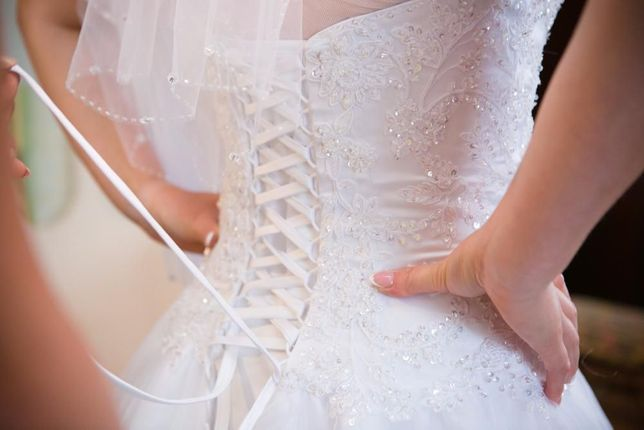 Suknia ślubna annais bridal wydłużona talia, wiązana, roz. 40, wys.17