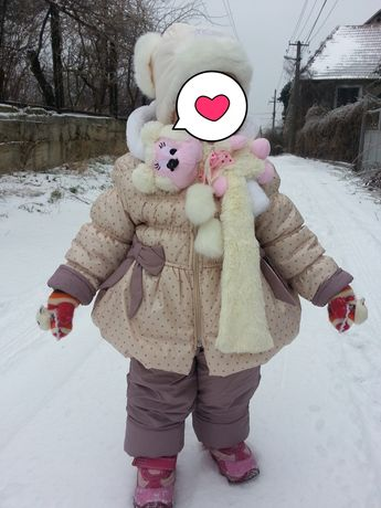 Комбинезон зимний на девочку