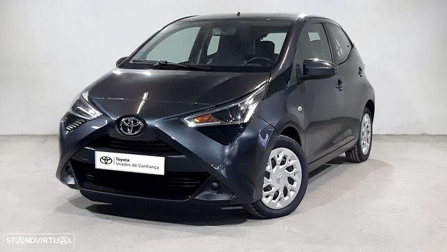 Toyota Aygo 5P 1.0 x-play + x-touch