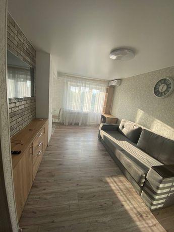 1-комнатная квартира посуточно, Днепр Гагарина Лазаряна 9 напротив ДНУ