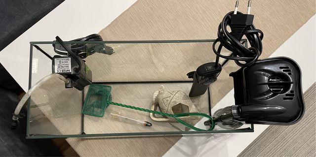 Akwarium+podgrzewacz+2 filtry do wody+akcesoria