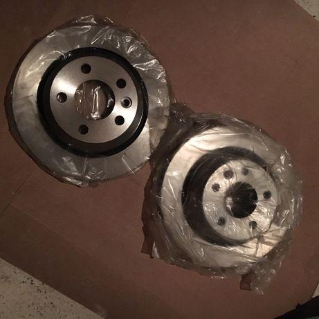 Продам задние тормозные диски на Фольксваген