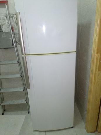 холодильник SJ-380 v SHARP