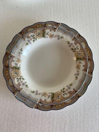 Винтаж: коллекция посуды костяной фарфор Royal Doulton .