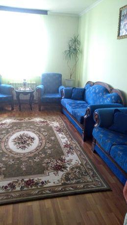 Продам комплект 3+2+1+1 мягкой мебели.