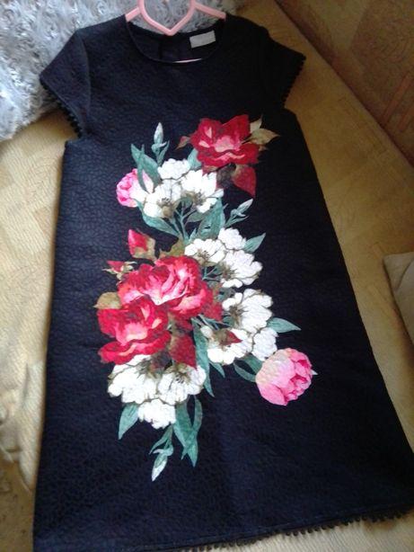 Платье нарядное для девочки 10-11лет.