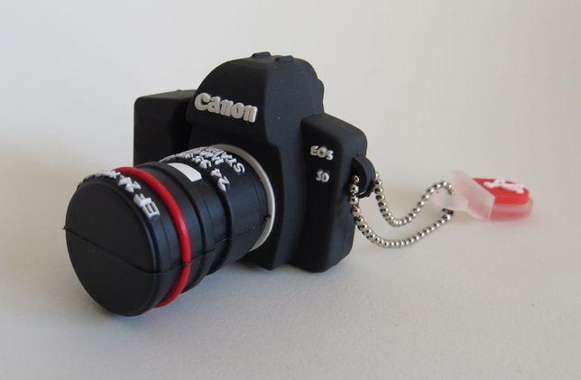 pendrive 32 GB aparat foto