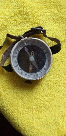 Продам  компас  времен  СССР.
