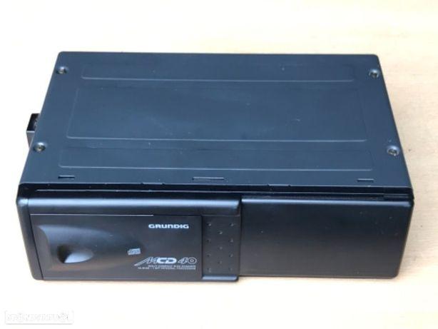 Caixa CD  - Grundig  MCD40