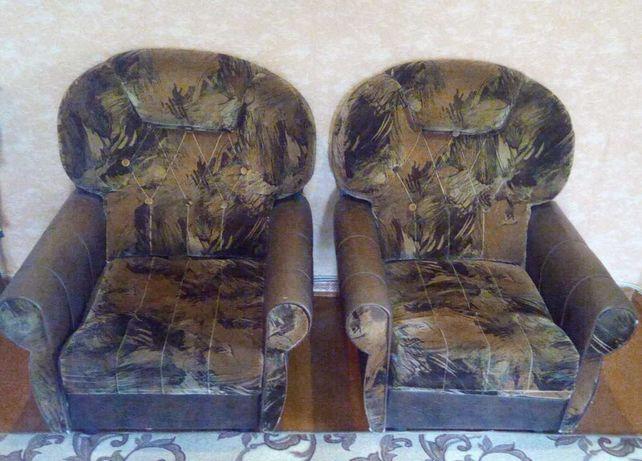 Кресла удобные большие б/у 2шт