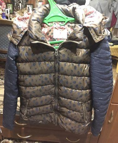 Куртка на 10-12 років