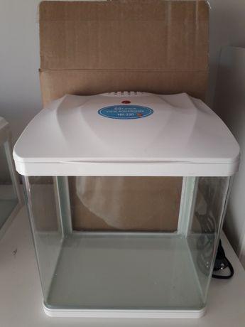 Akwarium HR-230 LED 7l SUNSUN, małe akwarium