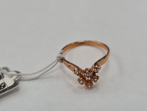 Klasyczny złoty pierścionek damski/ 585/ 2.30 gram/ R16/ Cyrkonie