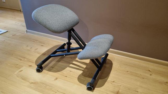"""Krzesło rehabilitacyjne """"klękosiad"""" na gwarancji"""