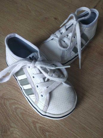 Adidas детские кожаные кеды кроссовки 21 размер.детская обувь